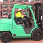 Things to Look In A Company When Hiring a Forklift Truck